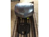 Yamaha FJR1300 topbox and mounting plate. Good condition. Was on my 2007 bike.