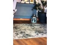 Stunning grey French style rug 5ft x 3ft a real feature rug