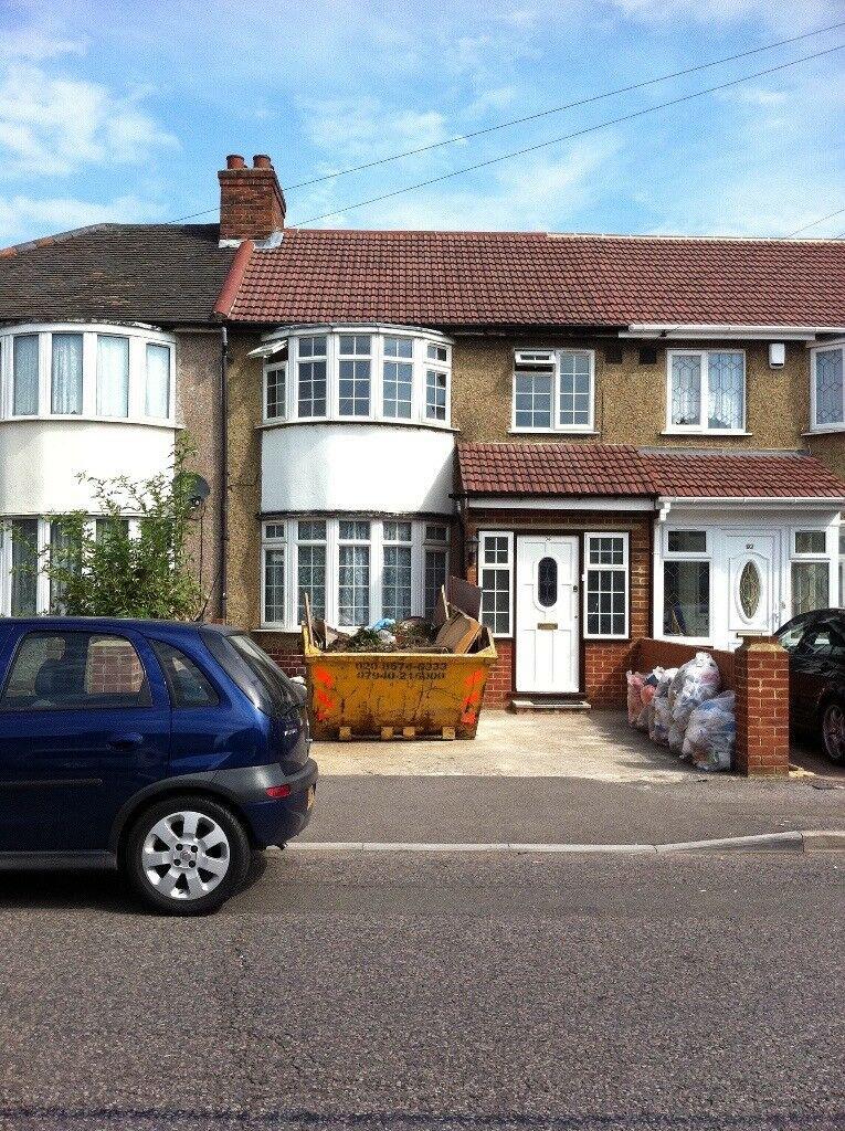 Spacious 3 or 4 Bedroom House to rent in Hayes Hillingdon