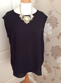 Next blouse size 18