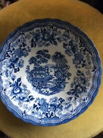 Churchill the Georgian Collection blue and white serving bowl
