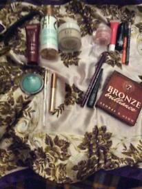 Make up bundle.