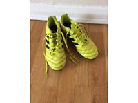 Adidas football boots size 4 hardly worn