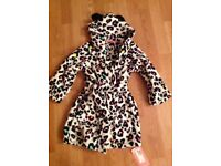 BRAND NEW M&S GIRLS DRESSING GOWN - Size 3-4 Years