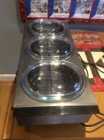 Hostess Tray with 3 glass dishes, ideal for serving and keeping food hot.