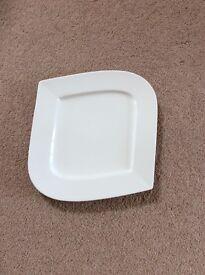 Set of 6 large dinner plates