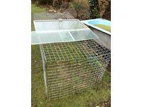 Large puppy cage/rabbit run