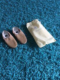 Tan split sole jazz shoes brand new