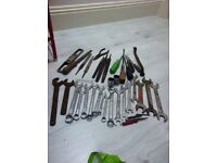 Bundle of second hand tools