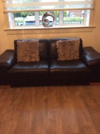 2x 2 seater leather sofas in excellent condition