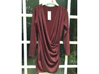 Slinky drape front with sleeves dress.by Boo Hoo