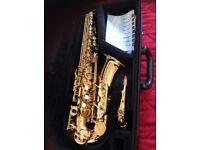 Yamaha 475 alto saxophone