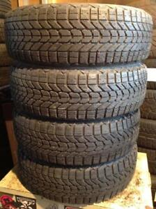 4 pneus d'hiver 185/60 r15 firestone winter force. 155$