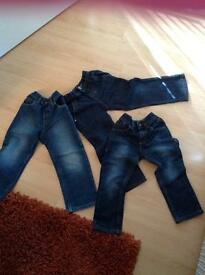 BOYS OR GIRLS BLUE JEANS ASDA GEORGE AND NEXT SIZE AGE 4-5 also has extendable waist buttons