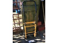 2trollies for lifting heavy goods