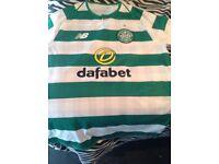 Celtic football top £25