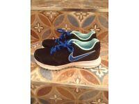 Ladies Nike training shoes size 4