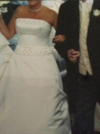 Benjamin Roberts 2 piece wedding dress