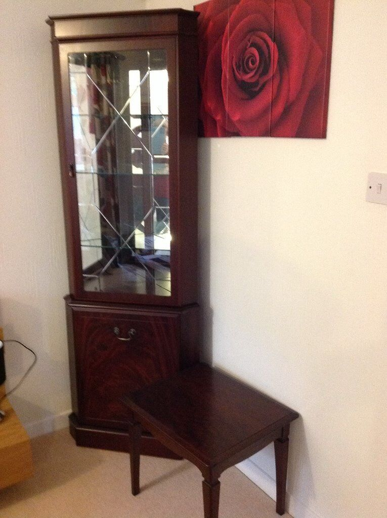 Mahogany Corner Display Unit And Lamp Table For Sale In
