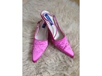 Ladies cerise pink sling back kitten heel shoes size 6 (would also fit a size 5)