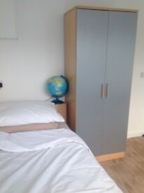 Working away from home? need a room? Monday - Friday Single bedroom Available Sawston