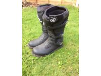 Wulfsport motorcycle boots size 9