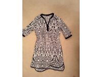 Marks and Spencer's beach cover up black/cream