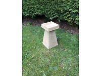 Old style garden Staddle stone bird bath/feeder £28