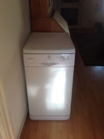 Indesit dishwasher slimline second hand sold as seen