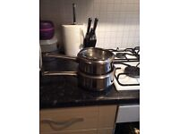 2 stainless steel pots