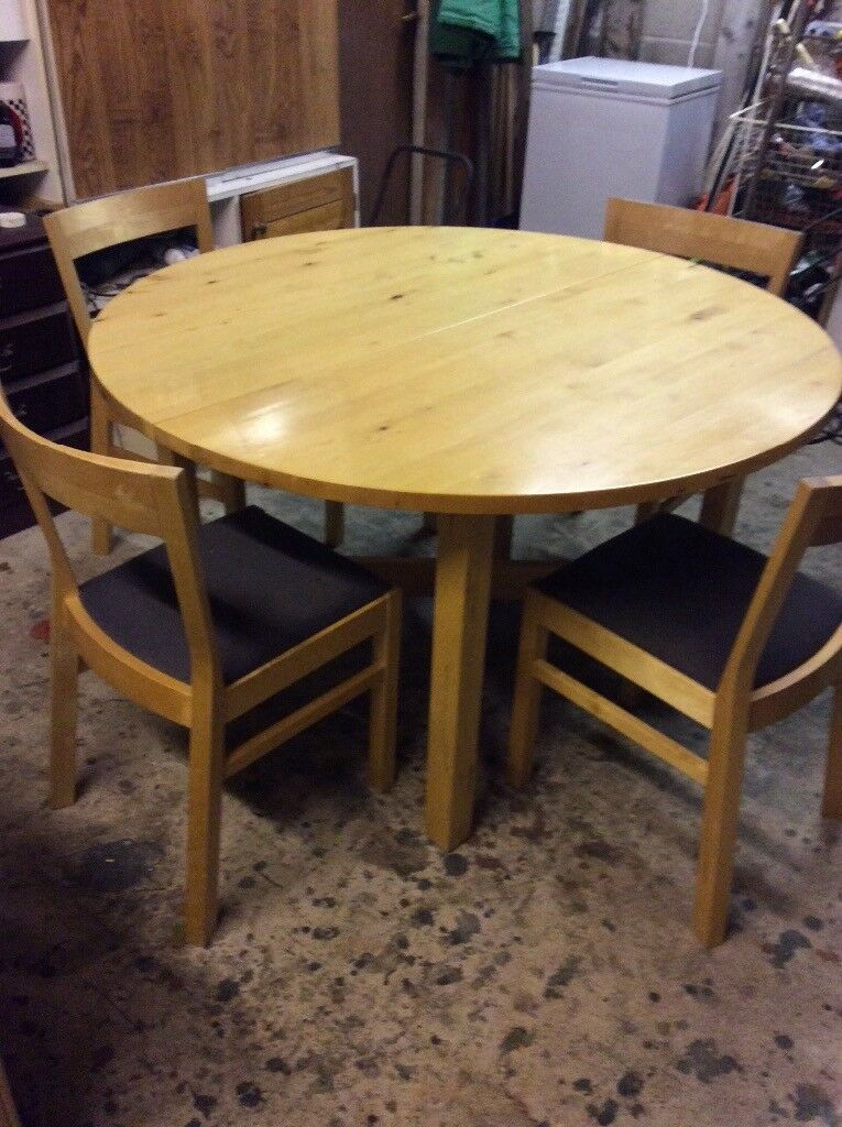 Round Kitchen Table Extendable And 4 Chairs In Kilsyth Glasgow