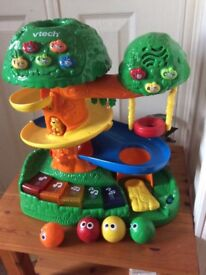 VTech learning and Activity tree with moving parts and sounds