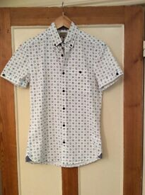 Next men's xs shirt collect Sprowston or meet at Riverside
