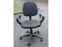Black leather swivel office chair with hydraulic lift height adjustable