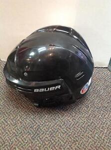 Bauer bhh3500 Hockey Helmet (sku: Z13503)