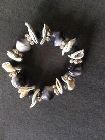Grey Shell/Bead Bracelet
