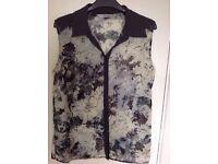 Pretty Flowered grey blouse, TU size 12
