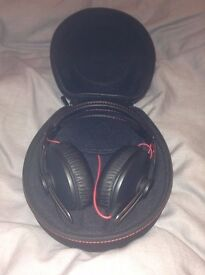 Sennheiser over ear momentum headphones (RRP £250) Accepting offers (Brand new, used once)