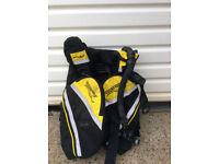 Diving equipment - BCD, Apeks Regulator, fins and weight belt