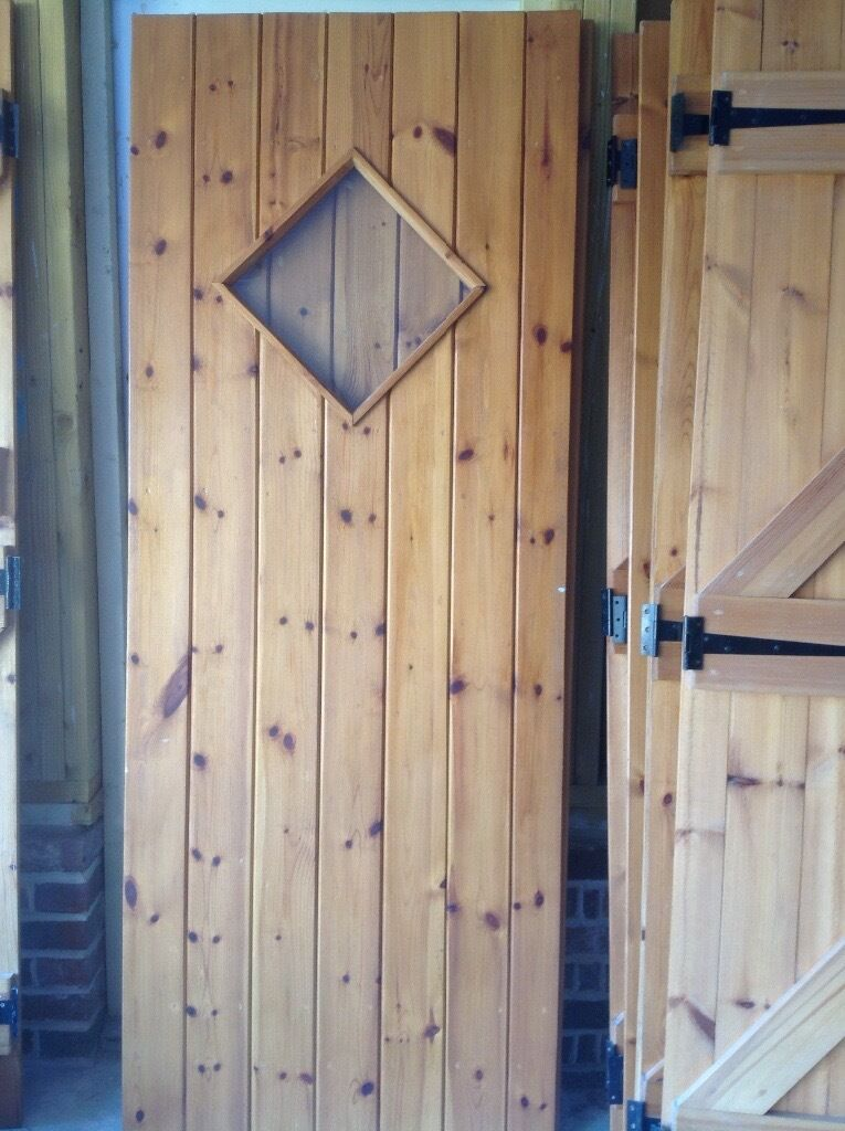 8 Pine Ledged & Braced Internal Doors