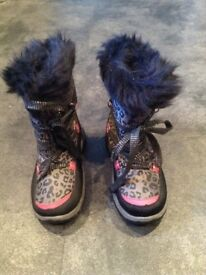 Girls Animal Print Snow Boots size 1