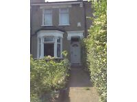 Double Room in spacious 2 bedroom house