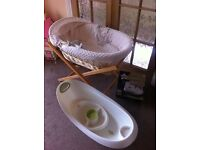 Mamas & Papas Stand with Moses Basket and Assorted Accessories