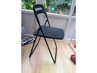 Folding chairs( excellent condition)