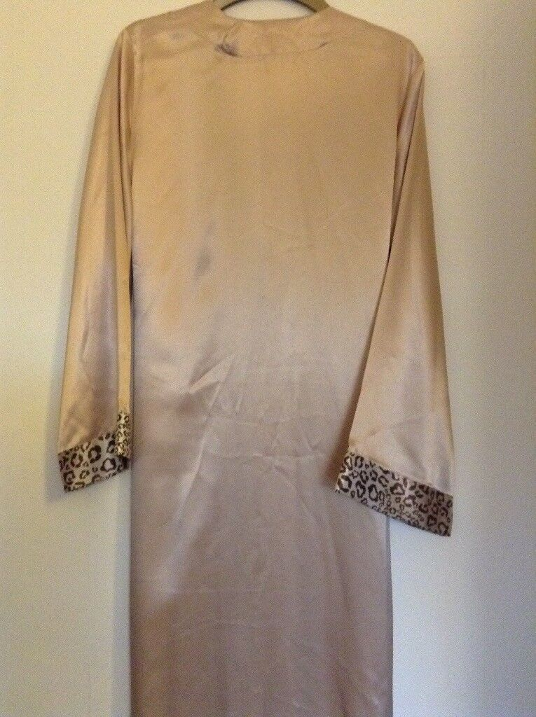 NEW - M&S Ladies Dressing Gown - size 12   in Stockport, Manchester ...