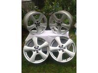 17 inch aloyed wheels