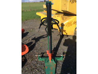 Wessex log splitter for compact tractor