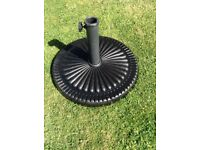 Garden patio parasol base £7 tel 07966921804