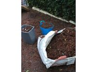 1 Ton red garden chips free of charge