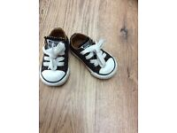 Girls infant converse size 3